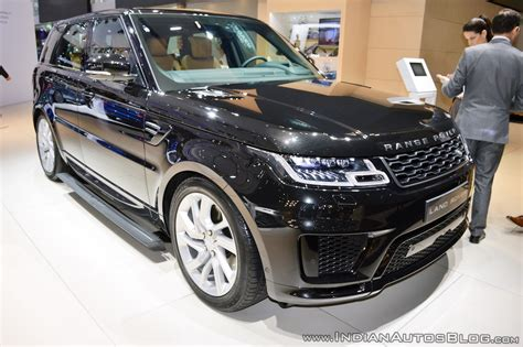 land rover dubai 2018 range rover sport facelift presented at the dubai