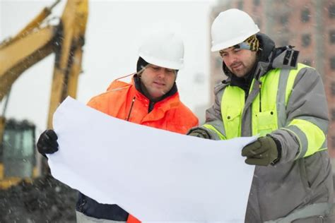10 winter safety tips for construction workers