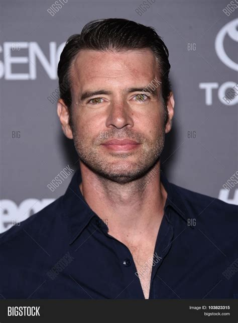 scott foley picture 8 los angeles premiere for the fifth season of hbo s series true blood los angeles sep 26 scott foley arrives to the tgit