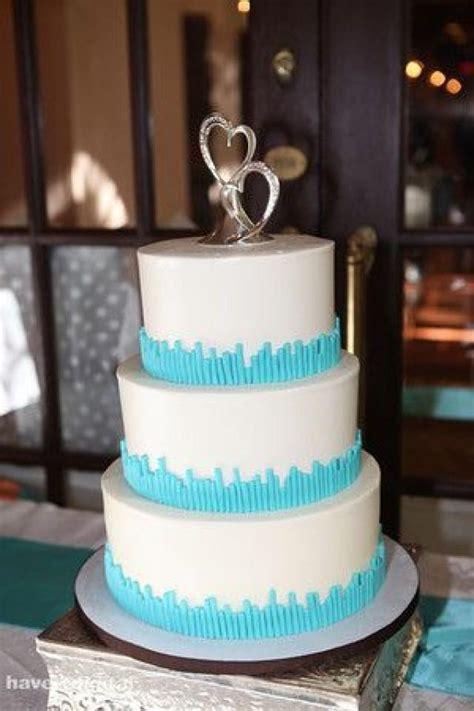 Hochzeitstorte Türkis by T 252 Rkis Hochzeit T 252 Rkis Hochzeit 2061234 Weddbook
