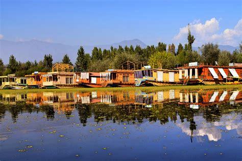 best boat brands for lakes choosing the best srinagar houseboat