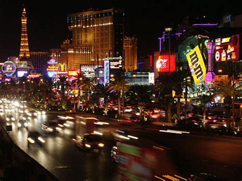 Things To Do Around Las Vegas by Free Things To Do In Las Vegas Strip Kid Friendly Hotels