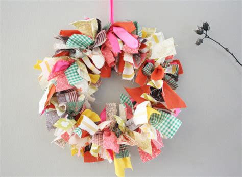 fabric crafts craft of the day fabric scrap wreath huffpost
