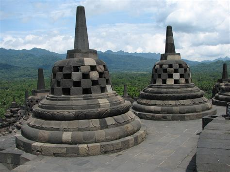 Stupa Borobudur 22 Cm borobudur free stock photo domain pictures