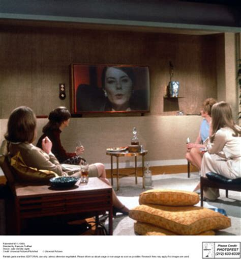 possible themes of fahrenheit 451 the future of the past utopia dystopia 1965 1984 open