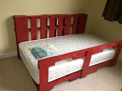 diy pallet bed for toddler 237 best pallet projects images on home wood