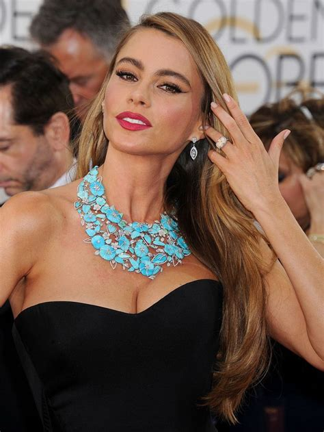 sofia vergara looks far younger than 42 years in make up 24 best images about sofia vergara on pinterest sofia