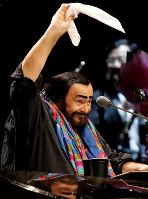 pavarotti best performance luciano pavarotti the 50 greatest tracks an album guide