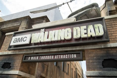 universal studio open on new year what s new at universal studios for 2018