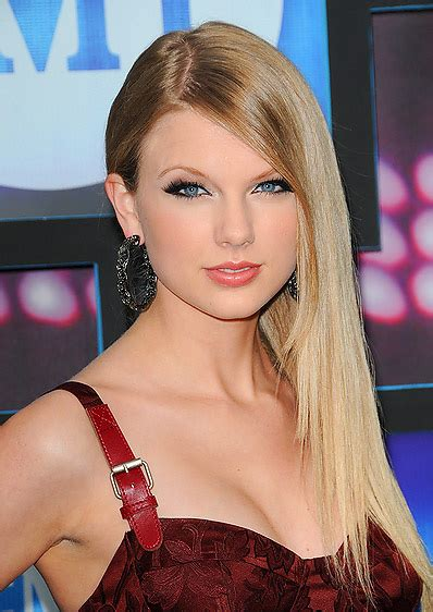 pictures of taylor swift with straight hair and bangs and bob tita hairstyles best sleek straight hairstyle
