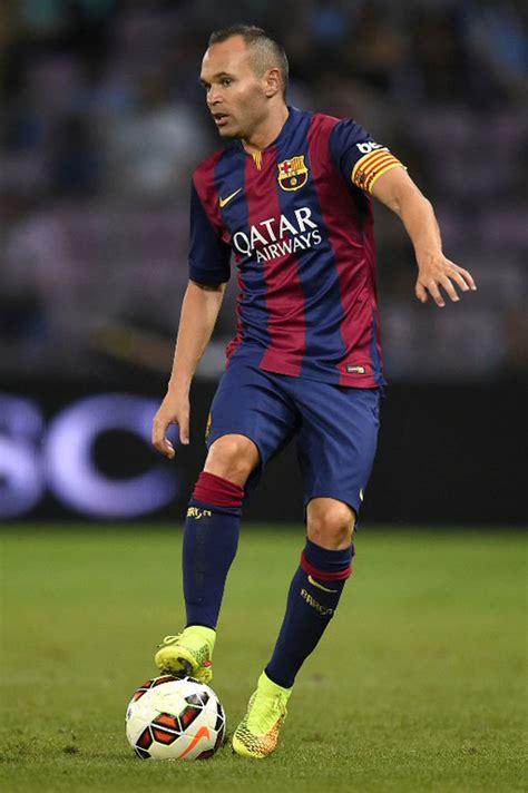 interesting facts  barcelona footballer iniesta