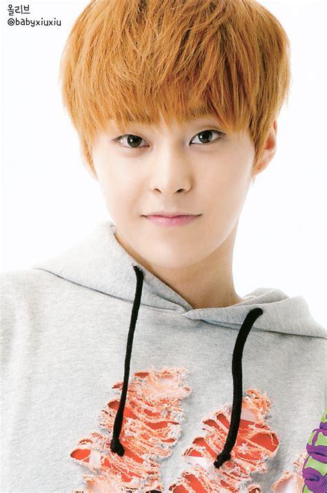 exo xiumin xiumin pop up store photocards exo m photo 36207851