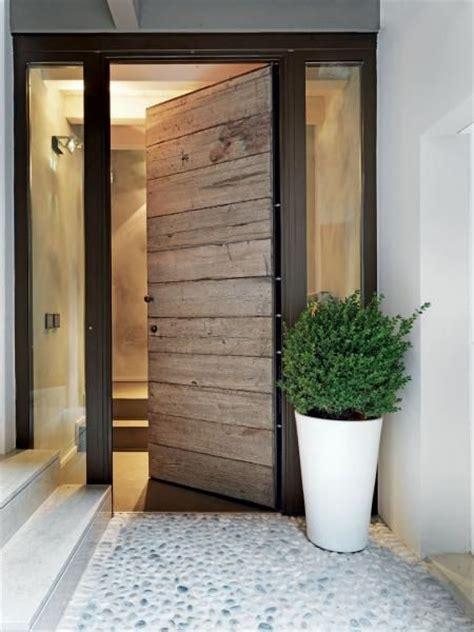 portoncino di ingresso oltre 1000 idee su porte d ingresso di abitazioni su