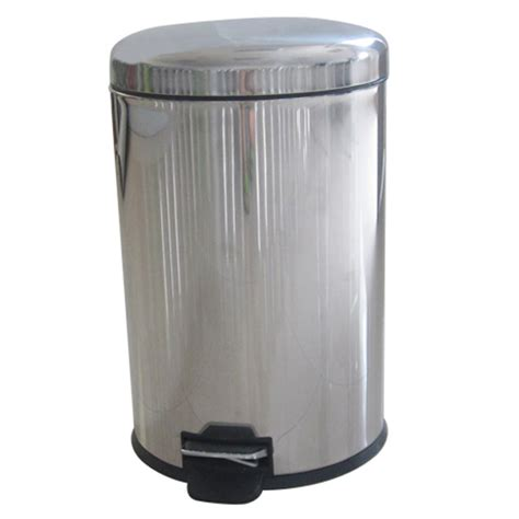 DSUC office trash cans kitchen graden large garbage pails
