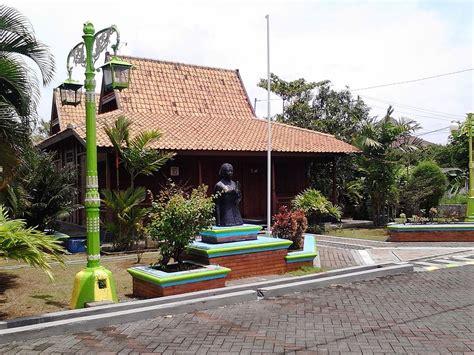 Rumah adat Rembang   Wikipedia bahasa Indonesia
