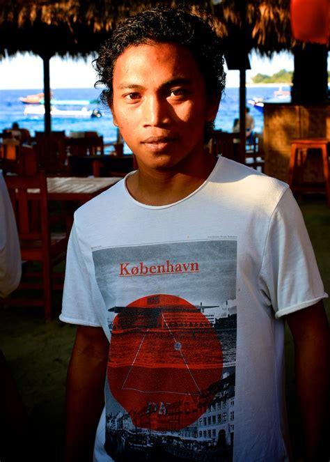 T Shirt Indonesia Trip Adventure travel gili trawangan it s a small world mette