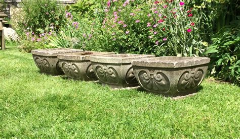 Deco Planters by Set Of 4 Deco Planters In From The Vintage Garden Company