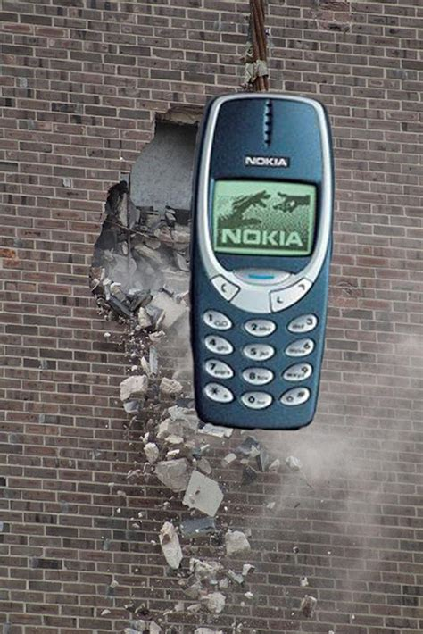 Nokia 3310 Memes - image 232800 indestructible nokia 3310 know your meme