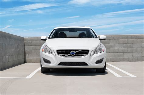 2013 s60 volvo 2013 volvo s60 t6 awd front end photo 1