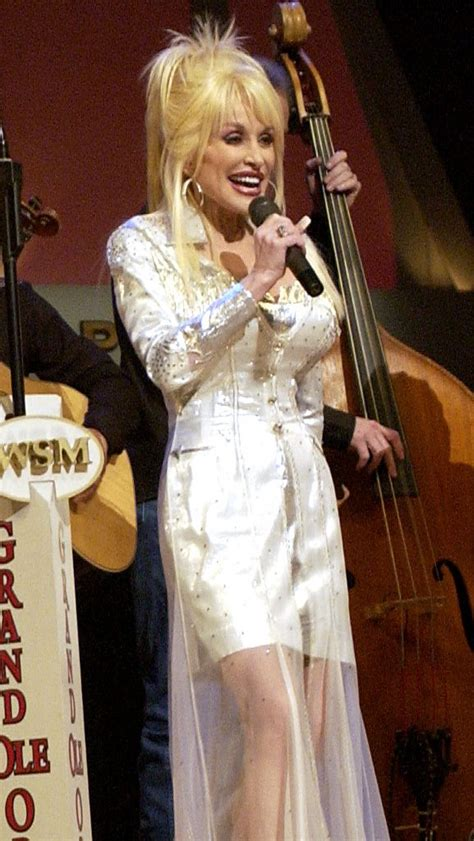 file dolly parton grand ole opry crop jpg wikimedia commons
