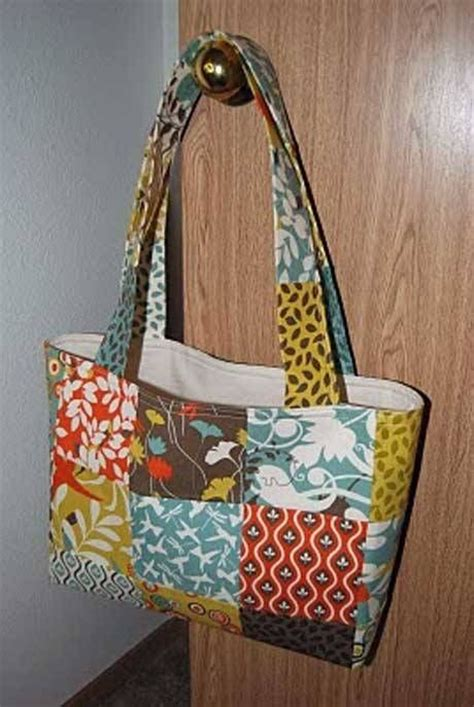 Patchwork Bags To Make - 17 best images about free sewing patterns for bags and