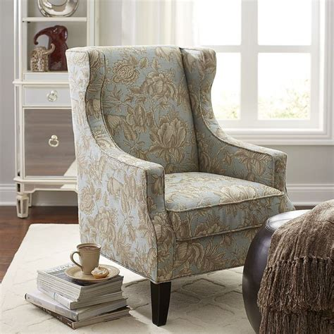 Wing Chairs For Living Room by Best 25 Wing Chairs Ideas On World