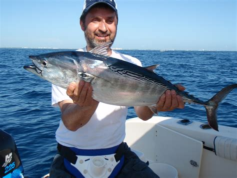 how should you pass a fishing boat if you ve never seen schooling bull reds then you should