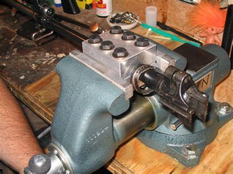 uses of bench vise barrel vise use