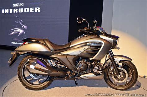 suzuki motorcycle 150cc suzuki intruder 150 vs bajaj avenger 150 street spec