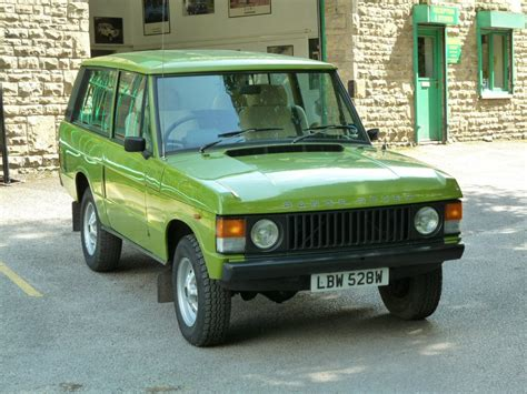green range rover classic lbw 528w 1980 range rover 2 door classic land rover centre