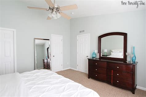 How Many Gallons Of Paint For A Bedroom by How Many Gallons Of Paint For A Master Bedroom