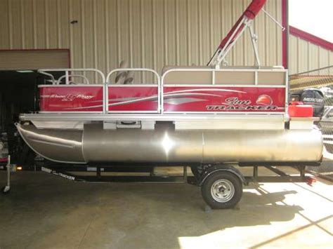 used pontoon boats dothan al sun tracker bass buggy 16 dlx pontoon boats new in dothan