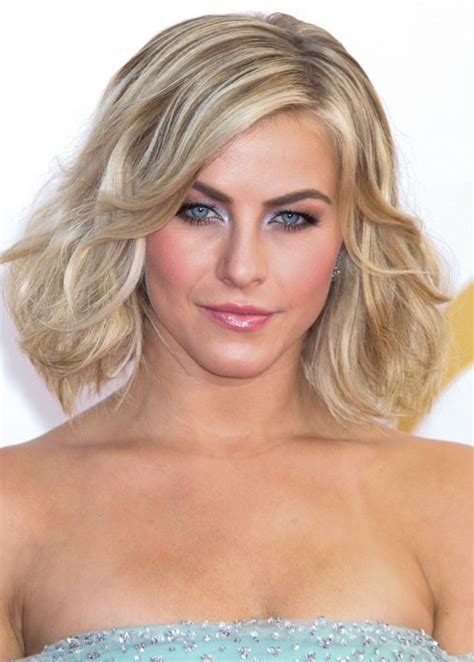 juliannehough curly bob julianne hough short blonde wavy curly bob hairstyle with