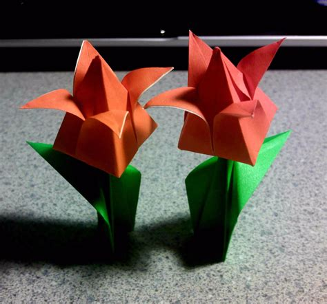 Origami Tulip With Stem - origami tulips on stems by theorigamiarchitect on deviantart