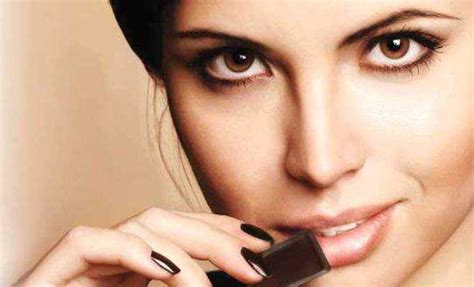 eat chocolate 11 foods that will help you curb your hunger feminiyafeminiya