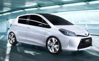2015 Toyota Yaris Sedan 2015 Toyota Yaris Sedan Hatchback Hybrid Pictures