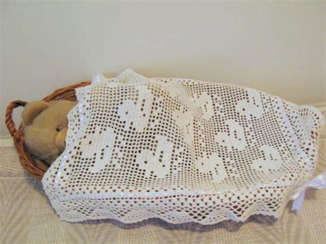 copertine culla all uncinetto gli schemi all uncinetto per le copertine neonato