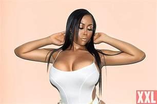 mofos bathroom moriah mills embraces her head turning curves xxl