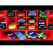 PIXAR CARS 2 Storage Carry Case Display Over 30 Diecast