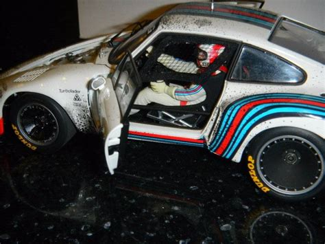 martini racing driver 1 18 exoto porsche 935 turbo martini racing 40 strommelen