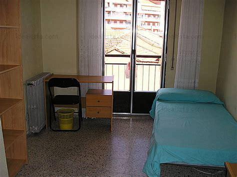 habitacion piso compartido habitacion en piso compartido en el centro de salamanca