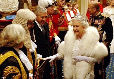 queen looks regal alongside prince philip at her 60th