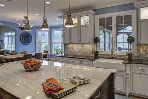 top of the line kitchen cabinets top of the line cooking venue ideas 2015 builder grade