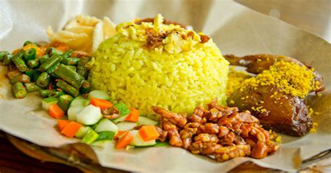 bisnis rumahan jualan nasi uduk  nasi kuning modal