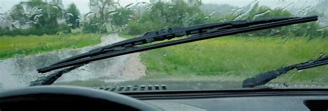 best window wipers best wiper blade buying guide consumer reports