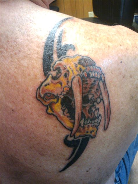 saber tooth tiger tattoo the gallery for gt saber tooth tiger skull