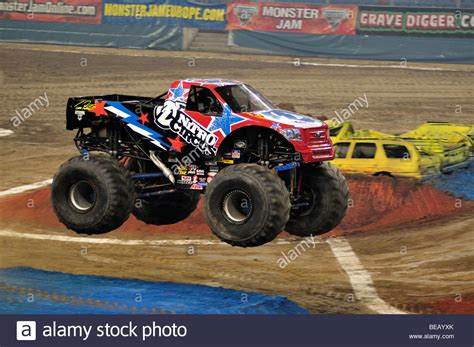 nitro circus monster truck 100 the first grave digger monster truck monster