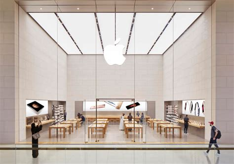 apple yas mall apple opens in the middle east buro 24 7