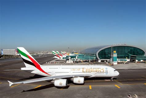 emirates orders emirates to order new a380s at dubai air show airlive net