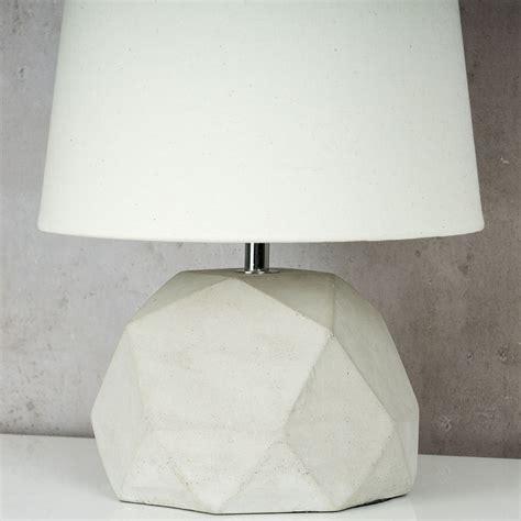 Tischleuchte Industrial by Tischle Beton Tischleuchte Leuchte Le Grau Design